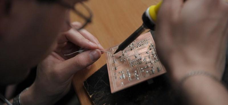 Műhelyiskolákat hoznak létre a lemorzsolódó diákoknak: kevés közismeret, sok szakma