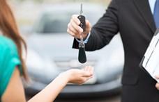 Üzemanyagpótdíj, zárórafelár – ilyenekkel trükköztek eddig a turistákon az autókölcsönzők