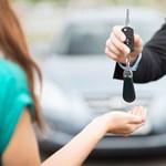 Csődöt jelenthet a Hertz, bajban vannak az autókölcsönzők a járvány miatt