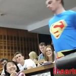Őrült YouTube-videón röhög a világ