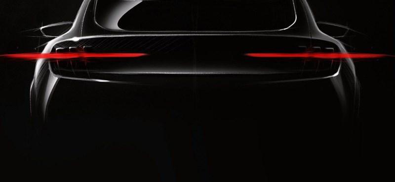 Mustang-szerű izmos villanyautót ígér a Ford