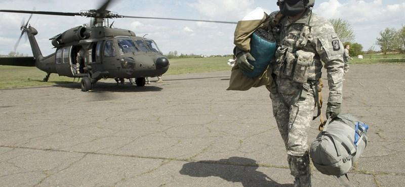 Francia helikoptereket venne a kormány