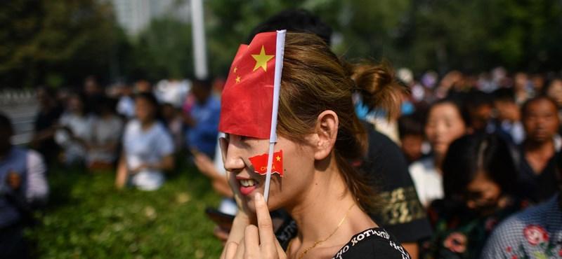 Kína kormánya szerint nincs elég pozitív hír, úgyhogy átállítják a netet