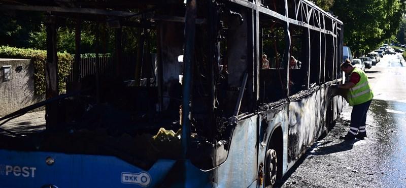 Kiégett egy újabb BKV-busz