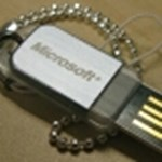 USB drájvon is kapható lesz a Windows 7