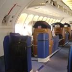 High-tech repülőgép miatt gyakorolnak a pilóták