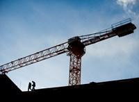 Hiányoznak az alapanyagok az építőiparban, heteket csúszik a felújítás