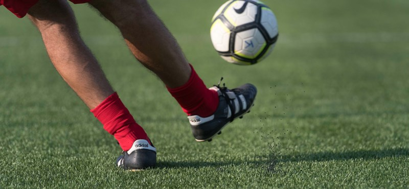 Álszponzoroktól ömlik a pénz a focicsapatokhoz
