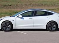Jobb gyorsulás, nagyobb hatótáv, magasabb ár – újított a Tesla