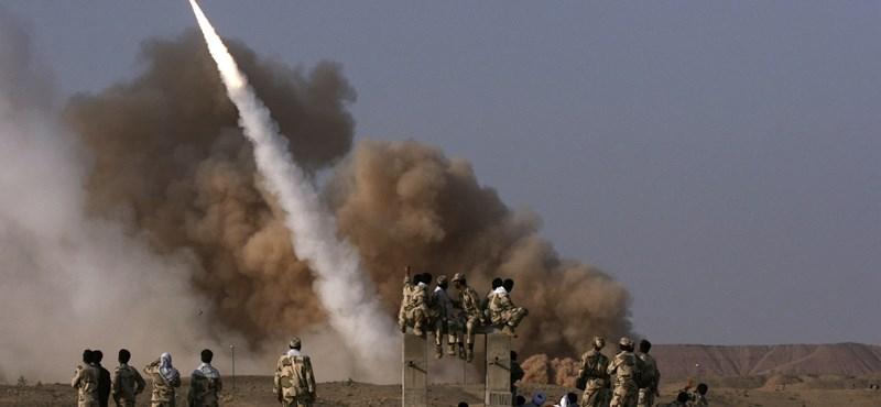 Az USA hivatalosan is az al-Kaida támogatásával vádolja Iránt