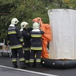 Fotók: vegyvédelmisek szállták meg az M0-st