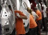 Gigantikus bírságot kapott a VW, a Daimler és a BMW