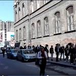 Pécstől a budapesti Kertész utcáig kígyóznak a sorok a szavazóurnák előtt