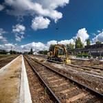 Újabb vasútvonalat villamosítanak itthon, most Borsodban