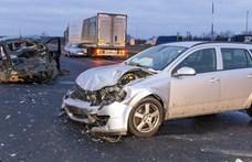 Fotók jöttek a mosonmagyaróvári, kettős halálos baleset helyszínéről