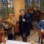 Ez után az apa-fia kapcsolatról szóló karácsonyi reklámtól után szem nem marad szárazon – videó