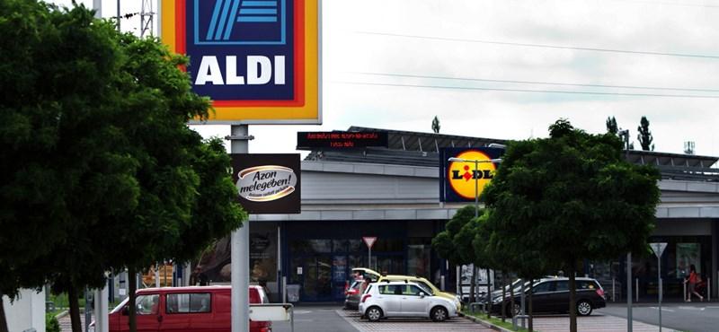 Nagy erőkkel támadja le az Aldi a vásárlókat vasárnap