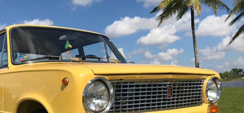 Sárga irígység: kereklámpás Lada bukkant fel a napfényes Floridában