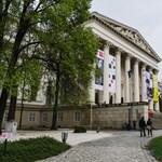 Második világháborús tömegsírt találtak a Nemzeti Múzeum kertjében
