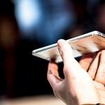 Itt a Huawei új androidos csúcstelefonja, benne egy különleges megoldással