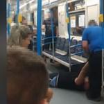 Karjánál fogva vonszoltak ki egy ájult utast a 3-as metróból a biztonságiak – videó
