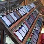 Döbbenetes kép: kínai munkások manipulálják az App Store helyezéseit?