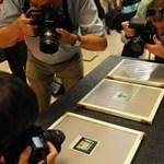 """Egy hét múlva nyit az """"év fotókiállítása"""" – kicsomagoltuk a Kertész-polaroidokat"""