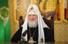 Az orosz pátriárka felszólította a nőket, hogy abortusz helyett adják inkább az egyháznak a gyerekeiket