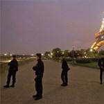 Bombariadó miatt ismét kiürítették az Eiffel-tornyot