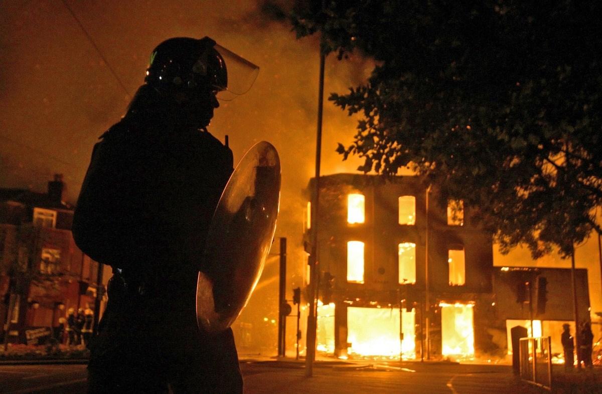 London lángokban - Nagyítás-fotógaléria