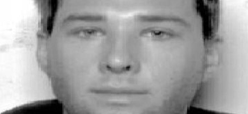 Az Interpol is keresi a Mohácsnál eltűnt fiatal osztrák focistát – fotó