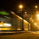 451 nap után újra járnak az autók a Margit hídon – Nagyítás-fotógaléria