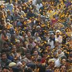 Megkezdődött a világ legnépesebb vallási ünnepe - Nagyítás-fotógaléria