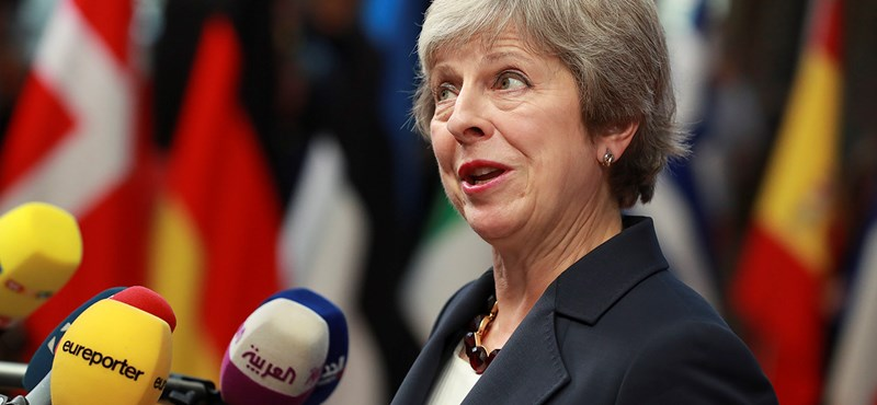 Telegraph: Elhalaszthatják a Brexitet