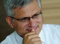 Erste-vezér: Egyelőre nem kell sajnálni a bankokat