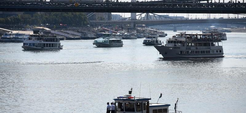 Nyugdíjas hajósokat hívnak vissza dolgozni, annyi fiatal megy külföldre
