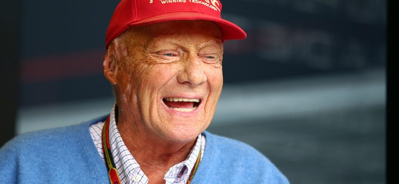 Ismét kórházban ápolják Niki Laudát