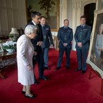 Nagyon meggyőző Erzsébet királynő új portréja