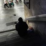 Húsz fővárosi tulajdonú bérlakást adnak hajléktalanoknak