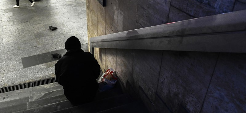 Címlapon uszít a hajléktalanok ellen Habony bulvárlapja