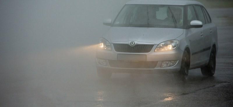 Párás, ködös reggel után kisüthet a nap