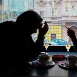 A magyarországi dohányzási tilalom nagy nyertesei a pincérnők (gyerekei)