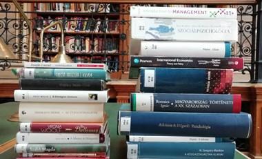 Könyvmolytoplista: ezeket olvasták a könyvtárba járók legtöbbször 2020-ban