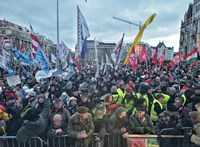 Túlóratörvény: tíznél is több európai városban tüntetnek szombaton