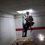 Fotógaléria: felkelők Kadhafi föld alatti bunkerében
