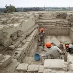 Fotók: 1200 éves mauzóleumot tártak fel Peruban