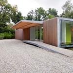Holland hosszú ház: villa a fák között