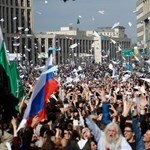 Oroszok ezrei álltak ma ki a Telegramért, erre most Irán is betiltotta