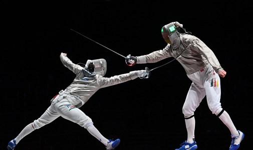 El equipo de espada masculino también ganó una medalla de bronce y Krisztián Tóth también ganó un oro, y las camisetas femeninas ganaron, en vivo desde los Juegos Olímpicos.