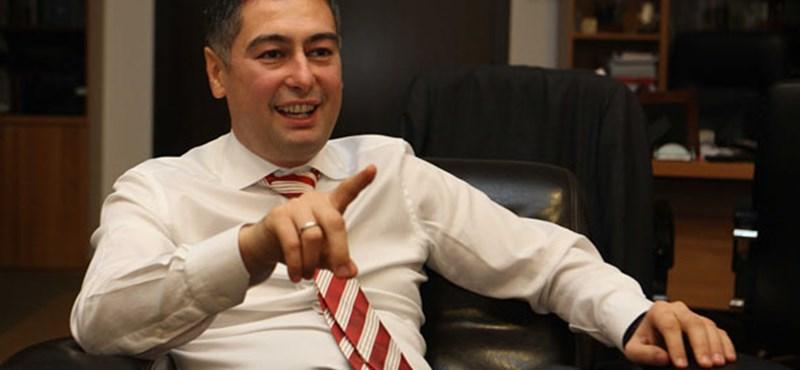 """""""Van egy jó hírem, Budapest!"""" – hirdeti magát Horváth Csaba"""